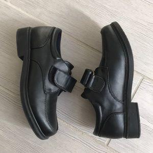Tommy Hilfiger velcro oxford boys dress shoe